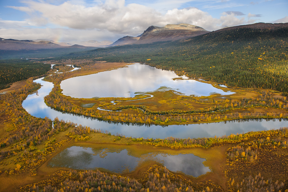Sven Zacek - Autumn at edge of Sarek NP
